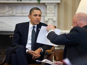 obama-clapper-briefing-wh-photo